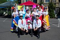 young performers at the Kermesse Festival