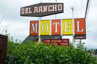 Del Rancho Motel sign