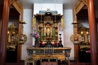 alter in buddhist temple